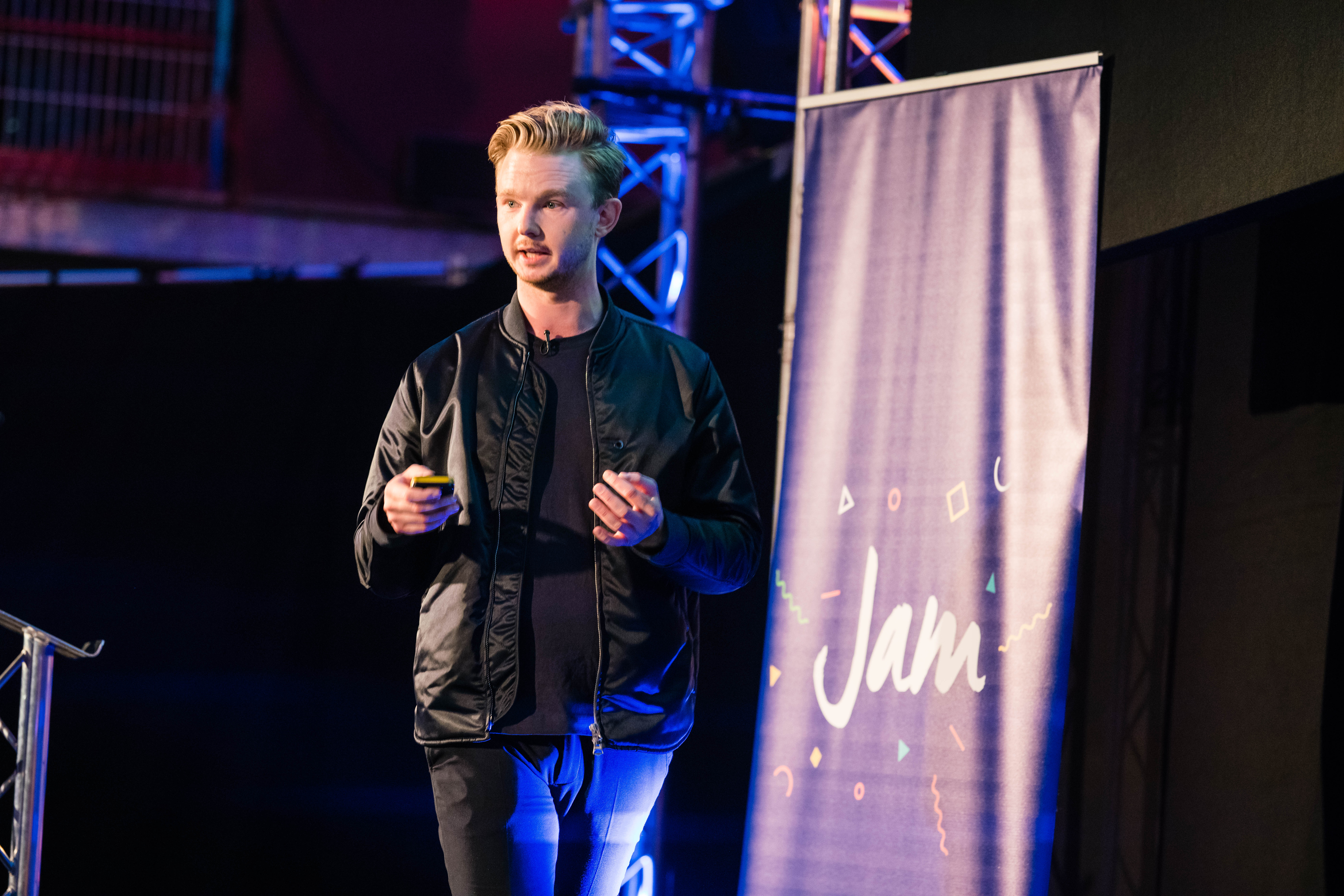 Peakon talk about building a SaaS platform at JAM 2017